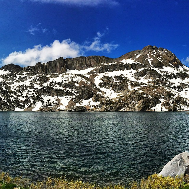 Morning Sunday hike out to #winnemuccalake  This place is absolutely beautiful. The wind was ripping due to another incoming rain storm! Now it's time for #schoolwork Can't wait :) I hope everyone has a lovely day! #hike #roudtop #explore #sierras...
