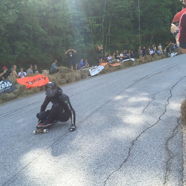 Downhill Throwdown 2015 1. @gomeslessa  2. @zakmaytum 3. @jaydenmitchell 4. @aleixgallimo  Women 1. @emilylongboards  2. @cassandraduchesne 3. @spokywoky  4. @lorynlongboards  Junior 1. @Alexcharleson 2. @keenanmacartney 3. @tyronnight 4. @loganwhyattb