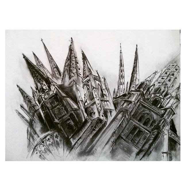 De tanto y tanto mirar, cuando busques no vas a encontrar. #arte #art #dibujo #draw #drawing #urban #cathedrale #cathedral #bayone #carcassonnne #bordeaux #estudianena #instaart