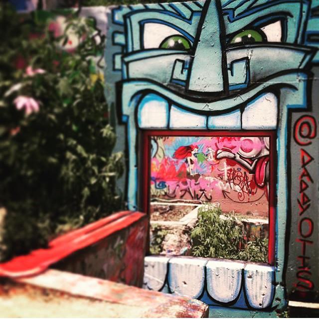 @daddyotis • • #hopeoutdoorgallery #atx #austintx #texas #tx #streetart #spratx
