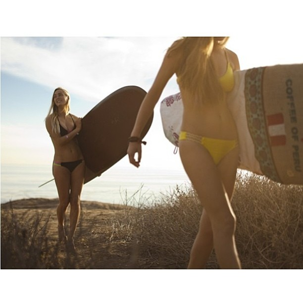 @annaehrgott and @mayaarmony going for an #early #morning #adventure with their #seabirdBoardBags #boho #bohosurf and #bandsoflove #twopiece #bikini @kylemacvisuals #sunrise #dawnpatrol #bikinibody
