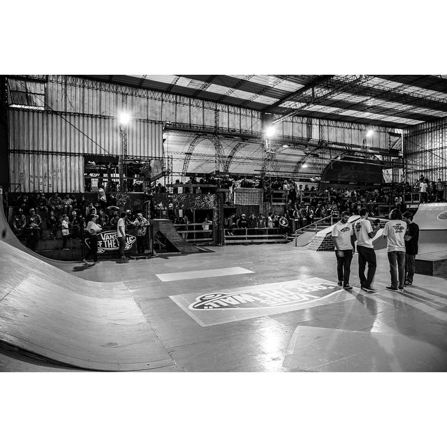 Gran jornada de skate se vivió el sábado en @ehparkparadise_skatepark. Puede ver la primera tanda de fotos desde nuestro Facebook oficial (/vans.arg)