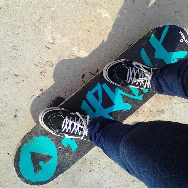 #Regram from @marah_martinez Got a new board ✌ #airwalk #skateboard