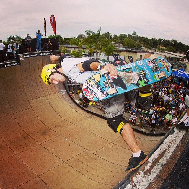 Check out @Andymac720 with a sick BS Boneless at the 2014 @clashatclairemont skate event! #airwalk