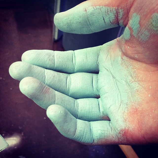I think I got some paint on my hand. #oilpaint #goodthingoilsarenttoxicoranything #finefarts #cobaltallday