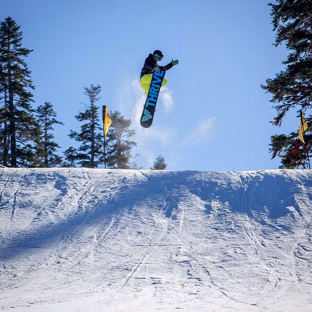 #frontside360 #tailgrab #snowboard #pinballpark @skinorthstar #accomplice