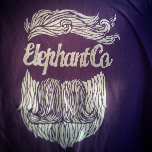 Les dijimos que venían #sorpresas, #elephant #grape #shirt #beard #elefante @elephantindumentaria