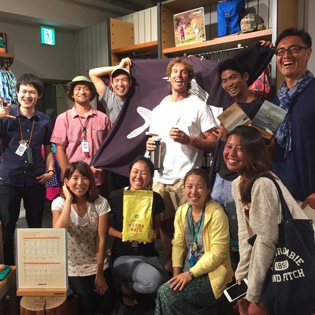 Joaquin junto a la gente de Patagonia Japon haciendo la gira de Tierra de Patagones! Muchas gracias a todos por la buena onda y la linda recepción del documental!