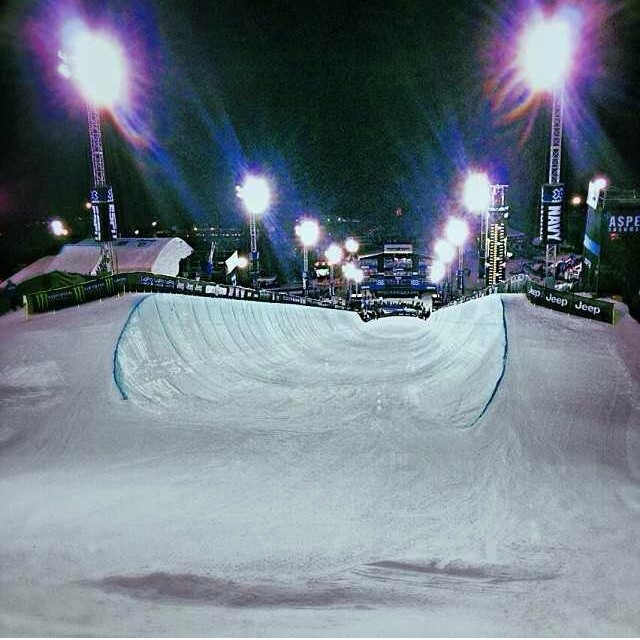 Watch @mrdavidwise for a historic X Games threepeat in the pipe tonight! #bethefirst #riderowned @xgames