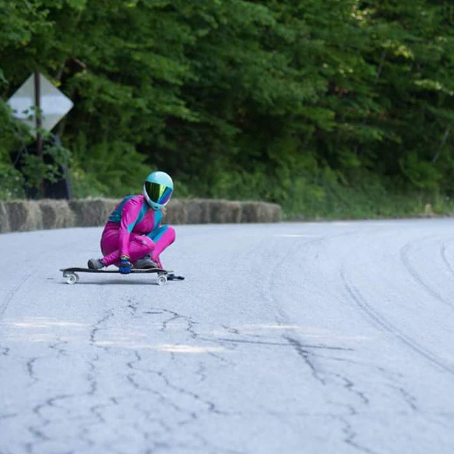 3rd place in woman and 4th in Am,  @cassandraduchesne is rad.  Sliding at 100kmh at #dhthrowdown