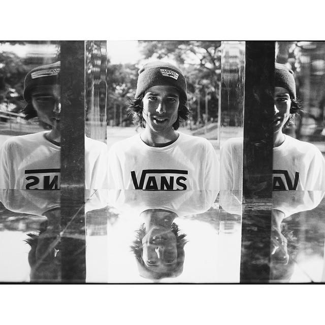 Retrato ➡️ @francoomoraless #TeamVans