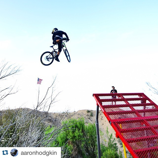 #Repost @aaronhodgkin Had a blast last weekend hitting @rendawgfmx and @nate_renner153's @freshpark ramp! #freshpark #bmx #ramp
