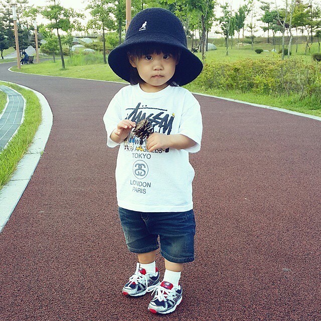 He'll grow into it #kangol (via @yunjuyunha)