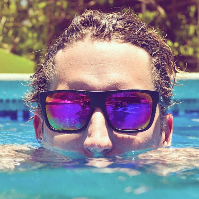 The perfect partner for picturesque pool parties is the Clutch. @kbusey7 testing them out || #thesweetlife #enjoymore #nectarsunnies #leisureliving
