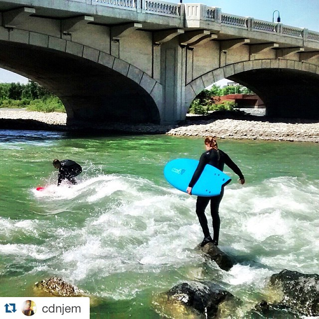 @cdnjem getting after it in the river. Ya girl! ・・・ Tricky launch entry for today's lunchtime surf. The wave moved! 170m³/s #10StreetCrew #surfyyc #yyc #surfanywhere #riversurfing #getoutside #imagesofcanada #surfer #surf #IAmSJ @buckarooken...