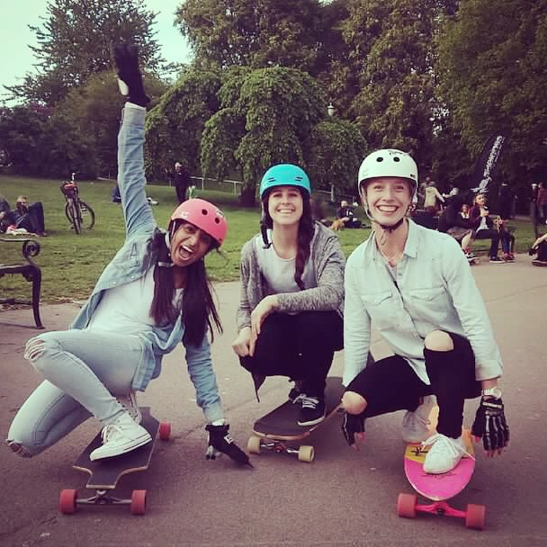 Wild child @sonsomasia met some like minds on #Oslo last week where they meet every Wednesday at St. Hanshaugen Park for clinics and demos. Always a #goodtime! #xshelmets #xsteam #girlswhoshred #skate #skatergirl #arborgirls