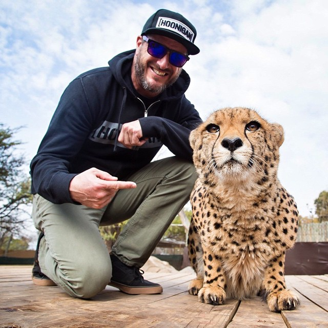 Kiiiinda crazy to me that I can casually hang out with a full grown cheetah here in Africa! He was super tame. Which is good, because this thing could outrun almost any production car to 60mph. #builtforspeed #nolaunchcontrolnecessary