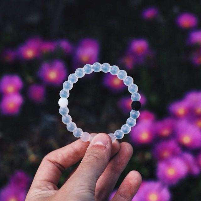 Black & white with a pop of color #livelokai  Thanks @joshuacirjak