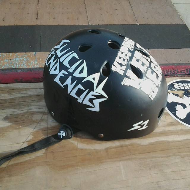 Regram @keepingvertdead . #s1liferhelmet @suicidaltendencies