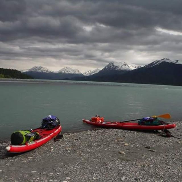 Alaska Paddle Board Guru LLC knows how to pack gear on the #HalaNass. Touring Upper Skilak Lake, Alaska. #HalaGear #adventuredesigned #suptouring #theweeklyinsta #sup #standuppaddle