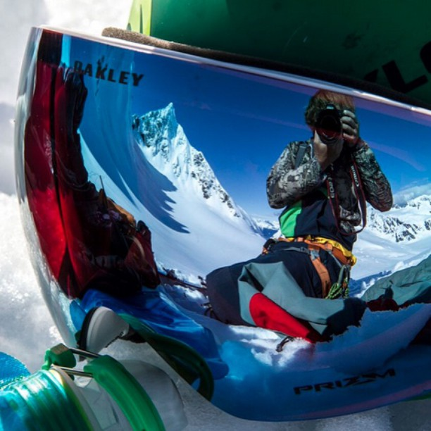 Flylow's @willcardamone product testing the new 15/16 line up in AK. @oakley_goggles