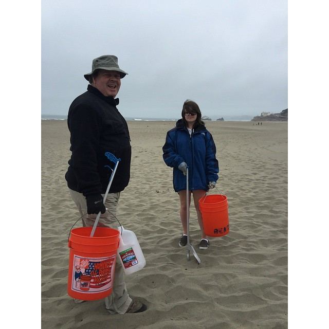 Thank you Tuesday: To all the Father & Daughters that share their Sunday mornings cleaning the beach with us. #surfrider #sfsurfrider #stokedsfsurfridervolunteers #protectwhatyoulove #qualitytime