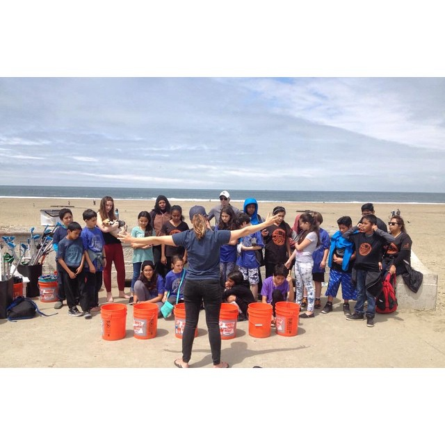 This week we were stoked to host a beach clean up with some rad 5th grade volunteers from Glen Park Elementary School! Thank you to Tia & our Marine Science Educator @cityseamonster for sharing with our youth how to protect our Ocean Beach.