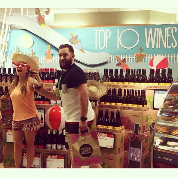 These guys at @wfmbeverlyhills know how to ring in the #weekend {with wine wearing @threads4thought}! #summer #saturdaze @wholefoods #wholefoods #beverlyhills #cali #style #wholebody #regram