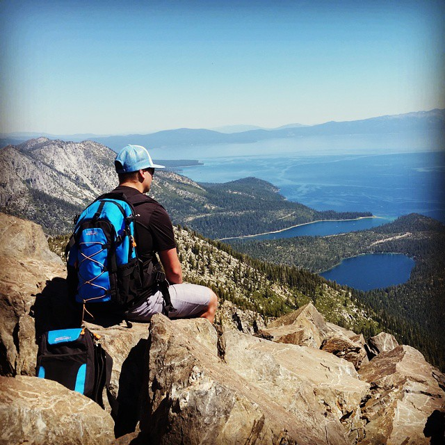 One of our favorite hikes. Tried a new route this time.  #newroutes #weekends #hiking #laketahoe #emeraldbay #cascadelake #getoutdoors #takeittothepeak #pbr #graniterocx