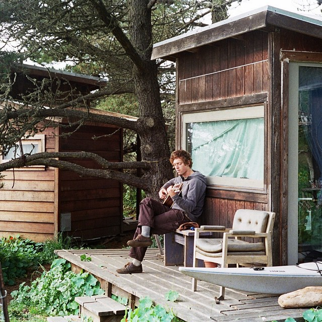 Tiny homes and twelve-strings