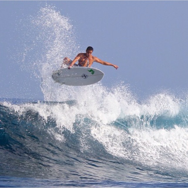 Team Rider @scottyfong flying through the surf! #inspiredboardshorts