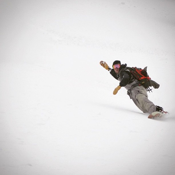 @skoobacheewa with a big bottom turn on his #smokinsplit #itsalwaysnowingsomewhere