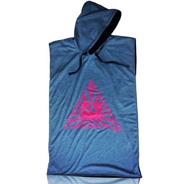 PALAPAPA || GRIS Y FUCSIA #surf #wakeboard #kitesurf #sup #wear #clothing #color #towel #hydrowick #sport #riders #perfect #style #cool #like #changer #palapapa