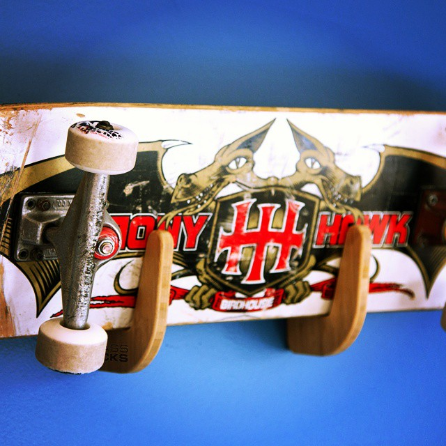 Growing up we idolized @tonyhawk and now we have this guy up as a center piece in the man cave. Who knows, one day we may even be lucky enough to design a rack with the legend himself.  #skate #skateboard #skateboarding #rack #skaterack #nicerack...