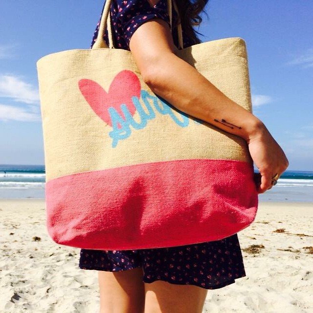 #MotivationMonday: Everyone should believe in something. We believe you should go to the beach! #summertime #beach #beachtote #luvsurf #SanDiego #MissionBeach