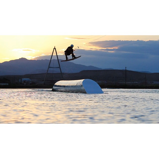 @justin_teich airing into the Utah sunset @blocwakepark. #ronix2015 #ronixlove #ohy #onewithwater #fortifiedwithlakevibes #boombabe