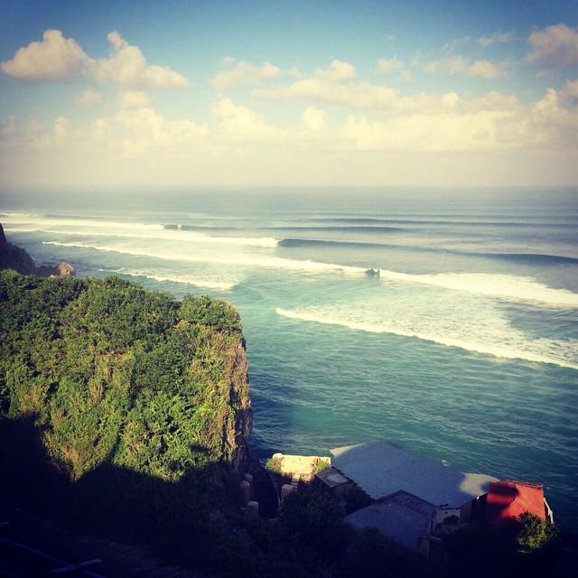 #Bali #spiralshoes #surfing #travel .. El que sabe, sabe