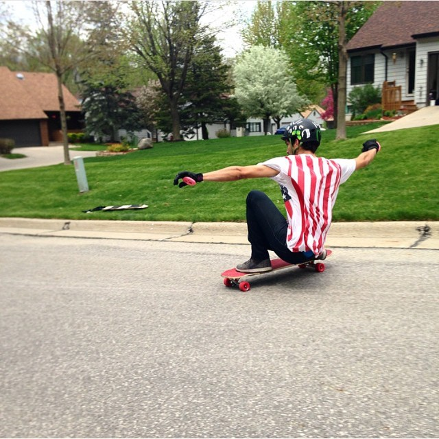 #viciousteam rider @robertocobain #flying flags and #freeriding in #iowa with #viciousred