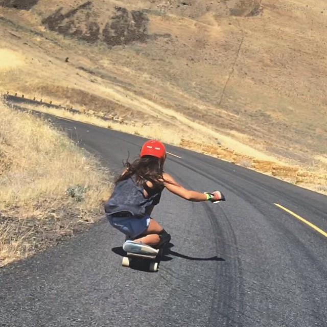 Repost from our lovely @neena405. Mary was good to her this past weekend!  #longboardgirlscrew #womensupportingwomen #skatelikeagirl #girlswhoshred #neenaschueller #maryhill
