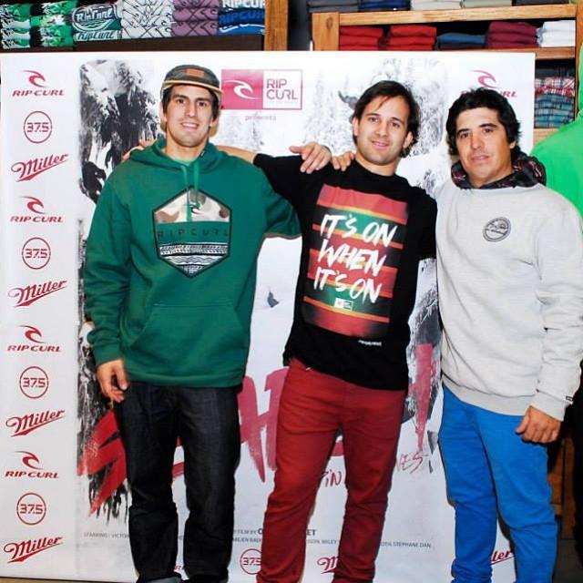 Otra vez con el gordo Ravioli @mati_radaelli compartiendo equipo! De @ripcurlargentina!! Gracias @tincho_palomeque por el apoyo!