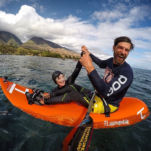 High fiving #SportsPhotography #ShutterNinja, @trevorclarkphoto in the stoked waters of #AlohaLand is truly a blessed feeling... I am grateful, I am joyful, and I am still smiling ear-to-ear from the session I was privileged to experience with...