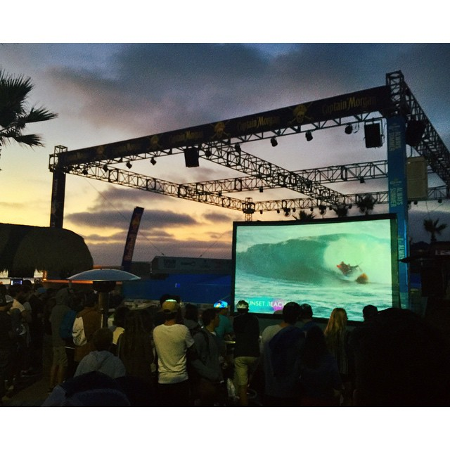 Last night's #whoisjob event • Sunsets and Surf Shenanigans. Thank you to everyone who came out. #redbull #surf #hovenvision #teamhoven #missionbeach #sunset #wave