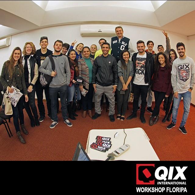 Workshop da #QIX que rolou hoje no Mercure Hotel, no centro de Florianópolis - SC. #workshop #qixskate #Floripa #skateboardminhavida