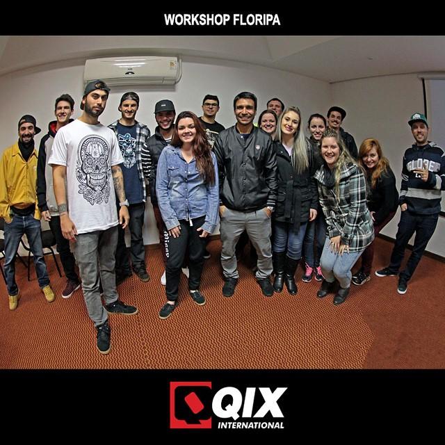 Workshop da #QIX que rolou ontem à tarde no Mercure Hotel, no centro de Florianópolis - SC. #workshop #qixskate #Floripa #skateboardminhavida