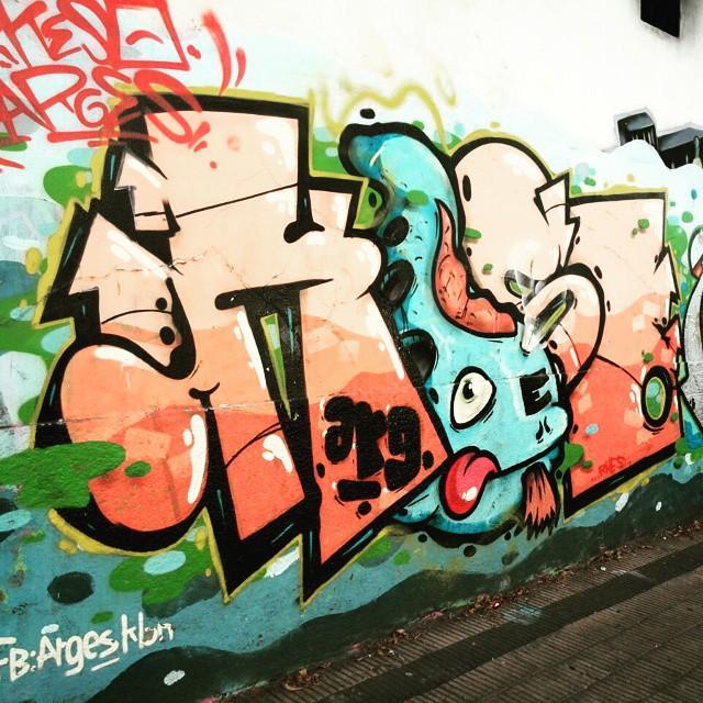 #graffiti  #urbanart  #miumtoys  #buenosaires  #villadevoto