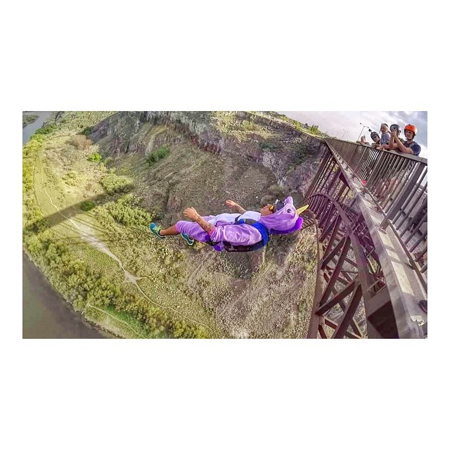 Always be yourself, unless you can be a unicorn. Be a unicorn ✨  Team Hoven adrenaline junkie  @treljumper  pranced right off this 485ft bridge in style wearing the fire red Mosteez shades. #hovenvision #mosteez #idahofalls #basejump...