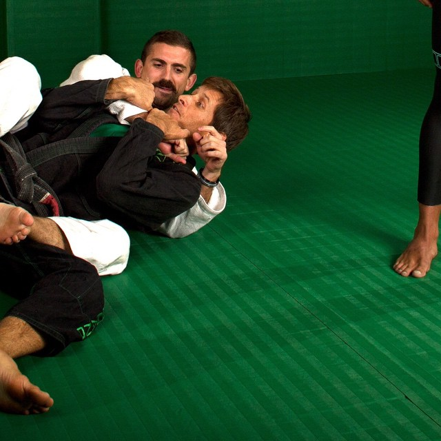@joeljitsu @johnvincentcampbell and @breakawaytraining in the Dojo. All @matuseinc Fullsuits currently offered at 40% off via Matuse.com and @thematuseblackspot through the month of June ... The Dojo Multisport Fullsuit is 4.5mm from the chest to the...