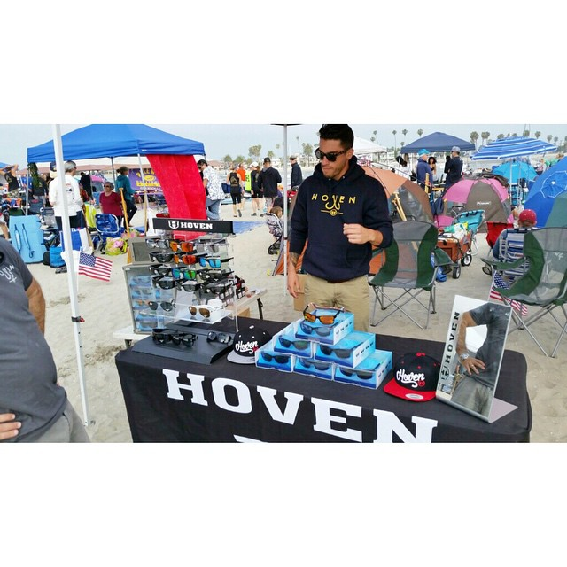 Come check out the Hoven team displaying the new floatable Argonauts. Big shout out to all the paddle boarders and kayakers racing today at the Outrigger Iron Champs event!! #teamhoven #hovenvision #kayak #sup #missionbeach #floatablesunglasses