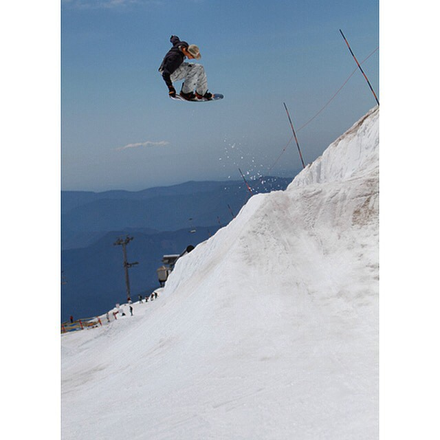 @nial_romanek back 1 tail at #MtHood