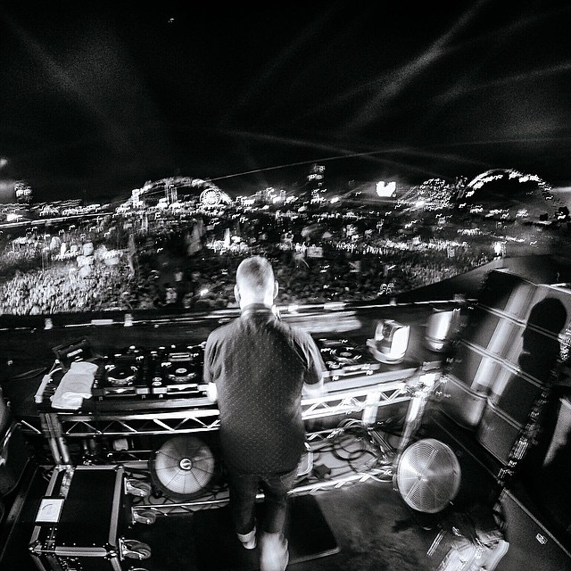 Tag 5 friends you want to dance with for a chance to win a HERO4!  @kaskade keeps it cool as he kicks off #EDC on the Kinetic Field stage. Photo by @mishavladimirskiy in Time Lapse Mode on a 3-Way mount. #EDM #EDCLV #EDCLV2015 #Dance #GoProMusic #GoPro